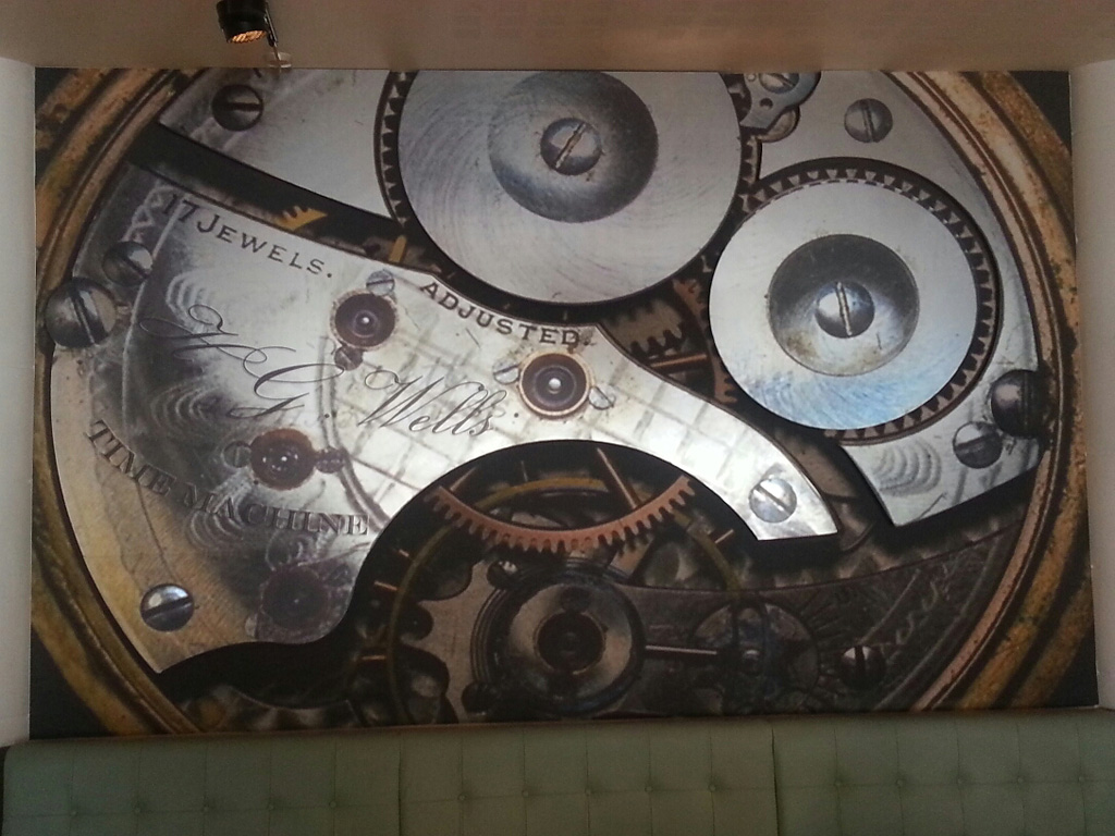 HG Wells' Time machine wallpaper